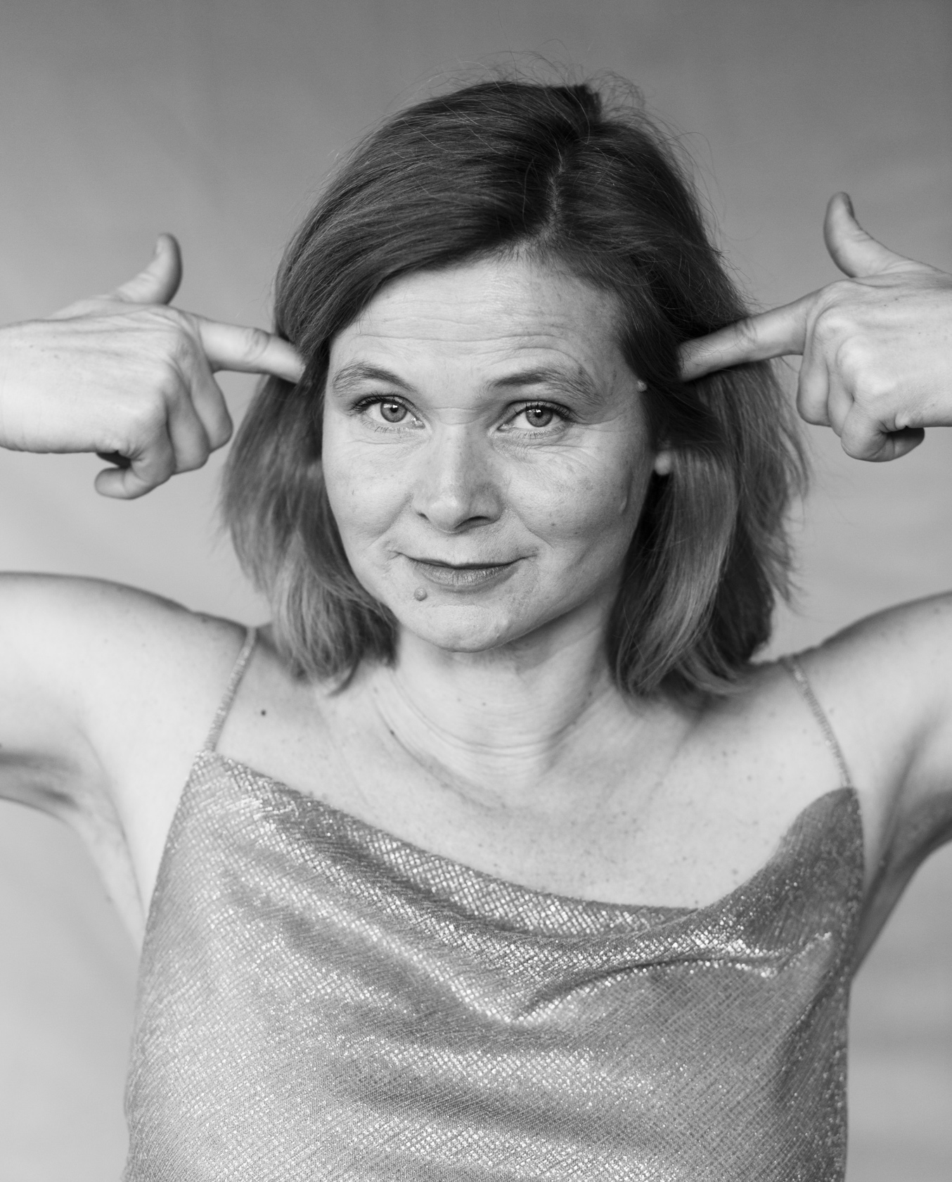 Bernadette La Hengst - Wir sind die Vielen 1